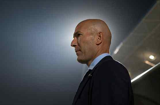 Zidane avisa a Florentino Pérez: el crack que no puede fichar el Barça (o el Madrid está muerto)