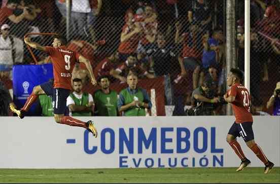 Independiente ganó y quedó a un paso de levantar la Copa Sudamericana