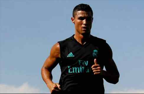 Florentino Pérez cuenta el ataque de celos de Cristiano Ronaldo que desata una guerra en el Madrid