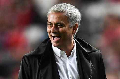 El crack que deja plantado al Barça en el mercado de invierno para marcharse con Mourinho