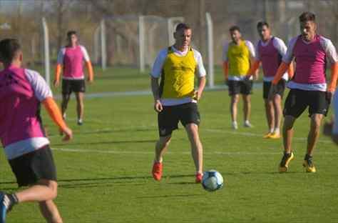 El Rooney argentino dejó Instituto y se mudó a Adrogué