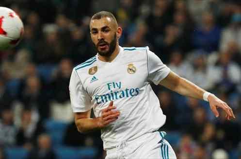¡Ojo a la bomba! El cambio de cromos más inesperado que saca a Karim Benzema del Real Madrid