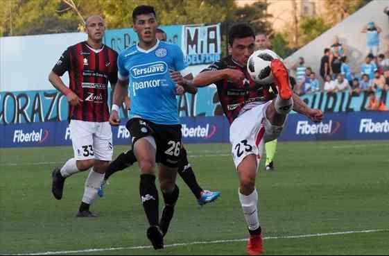 Ribas guió a Patronato a sumar en Córdoba y pasó a Benedetto como goleador