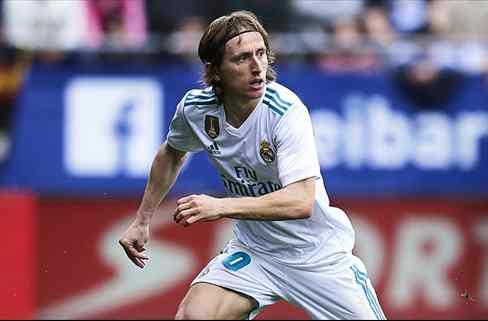 Modric apunta el nombre de su sustituto en el Real Madrid (y es un fichaje bomba)