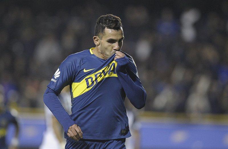 ¿Qué hizo Carlitos Tevez después de lograr la clasificación en la Libertadores?