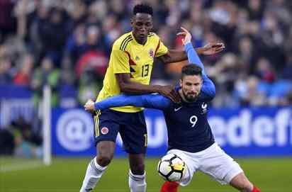 Oferta por Yerry Mina: un grande viene a llevárselo del Barça (y va muy en serio)
