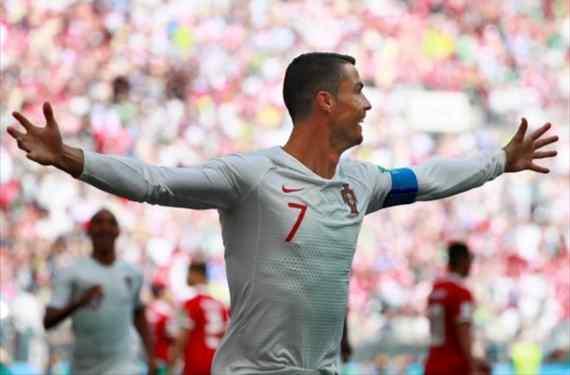 Cristiano Ronaldo la lía después del Portugal-Marruecos (y mete de por medio a Messi)