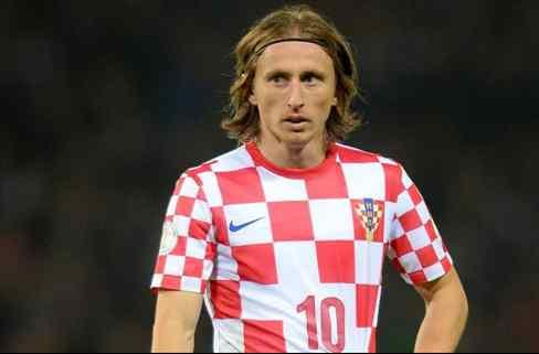 La oferta mareante que saca a Luka Modric del Real Madrid (y le cambia la cara a Florentino Pérez)