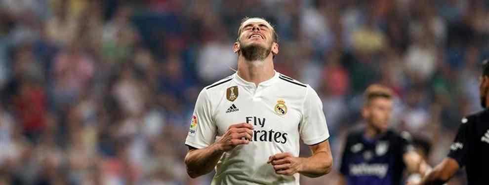 Gareth Bale guarda silencio. El galés, que echó el freno a su salida del Real Madrid en cuanto supo que Zidane no seguiría, se guarda un as en la manga.
