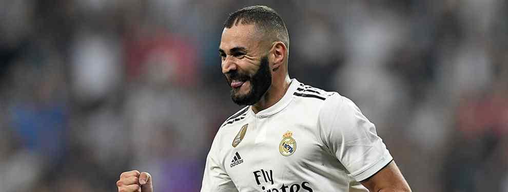 Karim Benzema tiene sobre la mesa una propuesta para salir del Real Madrid. El francés recibe una oferta que lo coloca en la puerta de salida del conjunto blanco.