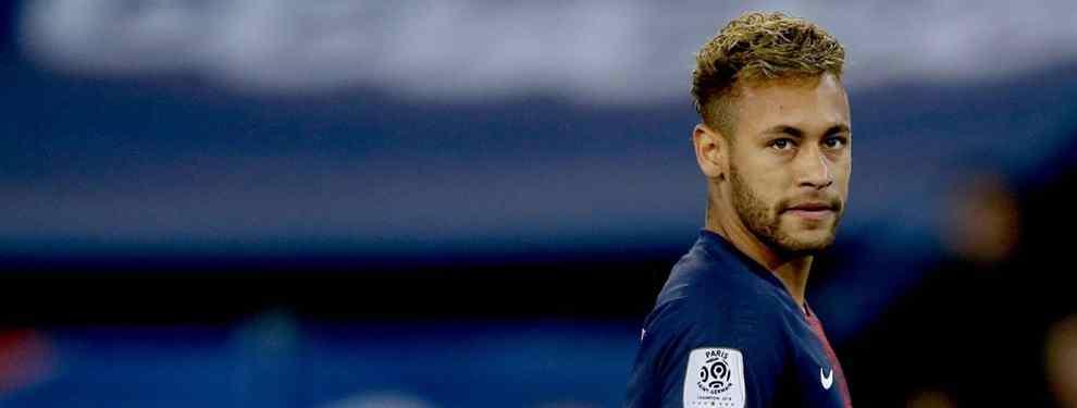 El Paris Saint Germain está viendo cada vez más claro que debe de apostar en serio por Kylian Mbappé. El delantero francés ha tirado la puerta a base de fútbol y goles y la figura de Neymar cada vez destaca menos.