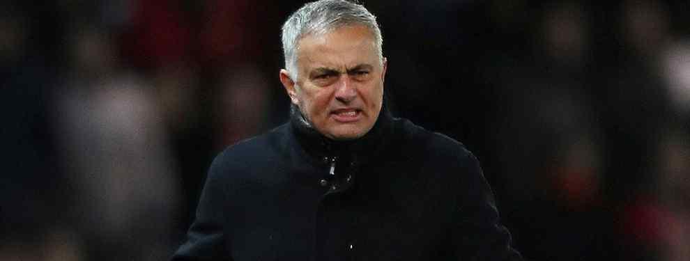 Mourinho apunta y dispara. El técnico del Manchester United llevar reclamando un mayor fondo de armario a los capo de Old Trafford desde el pasado verano.