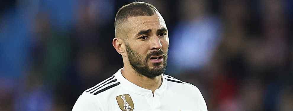 Cartas sobre la mesa. Karim Benzema no tiene sitio en el Real Madrid.  La paciencia con el francés se agotó hace mucho en un Madrid que se agarró al '9' el pasado verano porque le fallaron todas, y cada una, de las alternativas