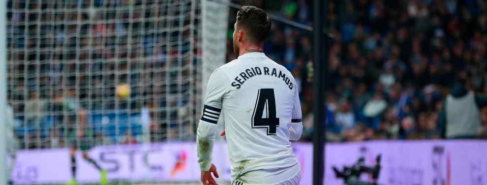 Cartas sobre la mesa. El capitán del Real Madrid, Sergio Ramos, se ha hartado de morderse la lengua y dispara con bala.  En el cónclave en el vestuario blanco posterior a la debacle contra la Real Sociedad salió la porquería