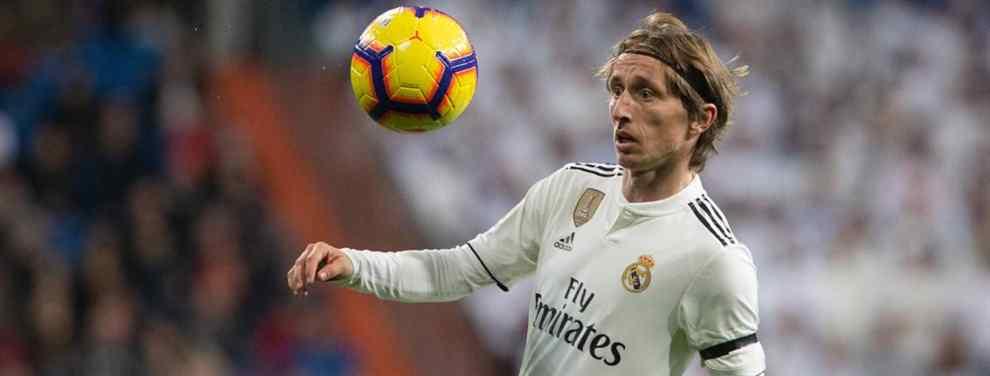 El futuro de Luka Modric aún no está, ni mucho menos, decidido. Aunque su salida del Real Madrid es segura, se daba por hecho que aterrizaría en el Inter de Milán. Parece que no será así.