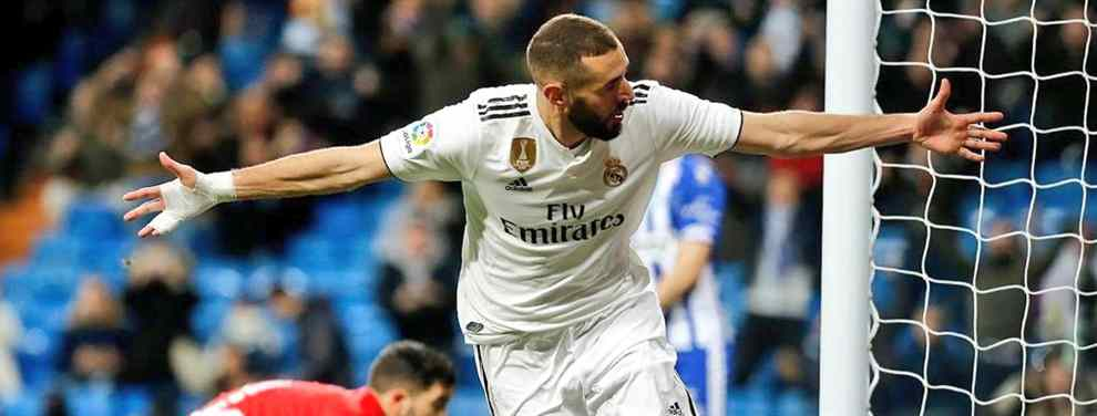 Karim Benzema está de moda. Y Florentino Pérez se frota las manos.  El ariete del Real Madrid ha pasado de bulto en el Santiago Bernabéu a jugador franquicia y prácticamente líder de los blancos.