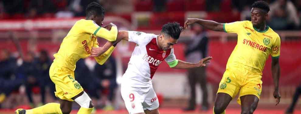 Radamel Falcao sigue siendo una pieza codiciada. A pesar de su edad, 33 años, el cafetero sigue marcando goles a pares en el Mónaco, que lucha por eludir el descenso.