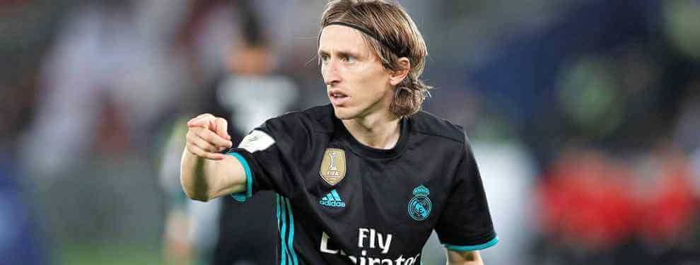 La renovación de Modric descarta un fichaje, provoca una salida y mete en un problema a Florentino