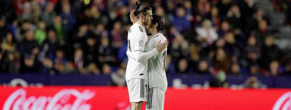 Gareth Bale lleva un mosqueo de mil demonios. El galés protagonizó uno de los momentos más feos del partido que el Real Madrid disputó contra el Levanta y que dejó en evidencia el mal rollo de Bale con un sector del vestuario.