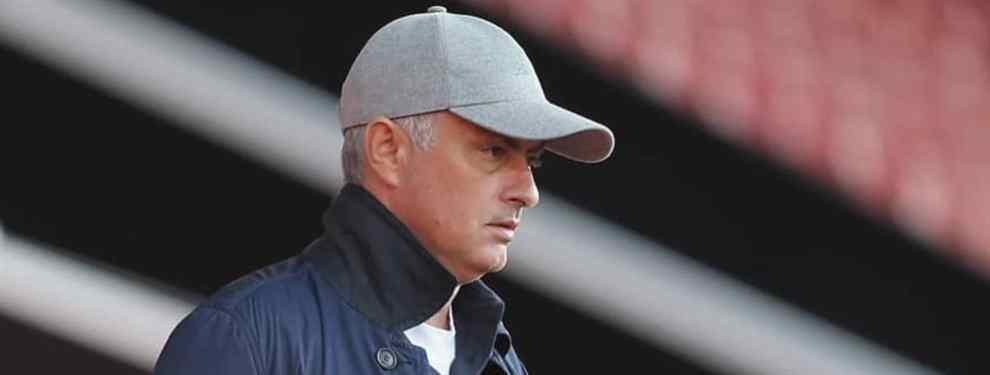 Mourinho está preparado por si acaba aterrizando en el Real Madrid. El entrenador luso sabe que Florentino Pérez solo le quiere a él y que es la plantilla la que, de momento, veta su llegada.