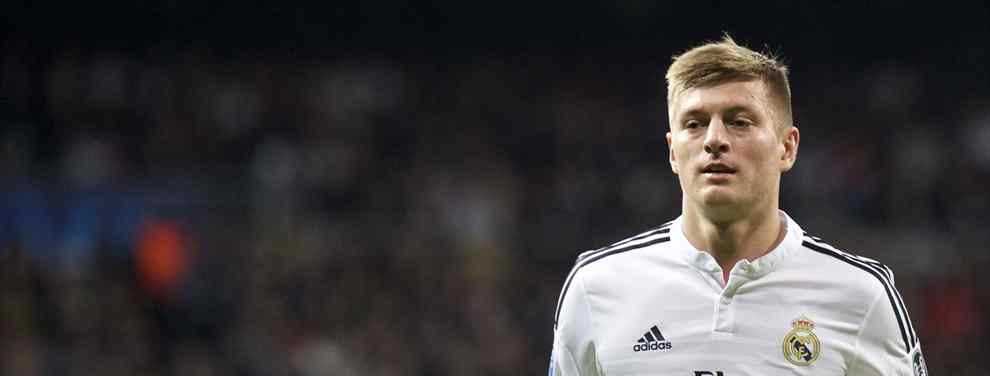 Florentino Pérez considera que los mejores días de Kroos ya han pasado, debido que a sus 29 años y en una posición que demanda estar a tope en el aspecto físico, lo que se avecina es una caída de rendimiento.