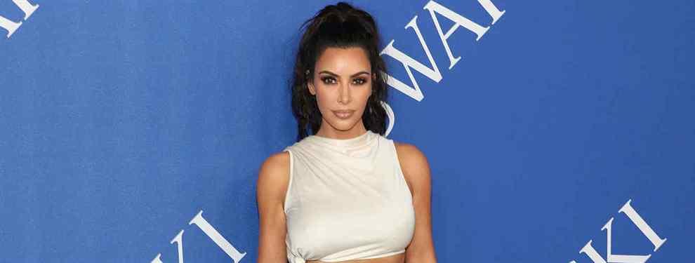 A lo grande. Kim Kardashian arranca el inicio de la primavera con una primera sesión en trajes de baño que tiene loco al personal.  La diva de América se ha convertido en uno de los grandes reclamos de las firmas de baño