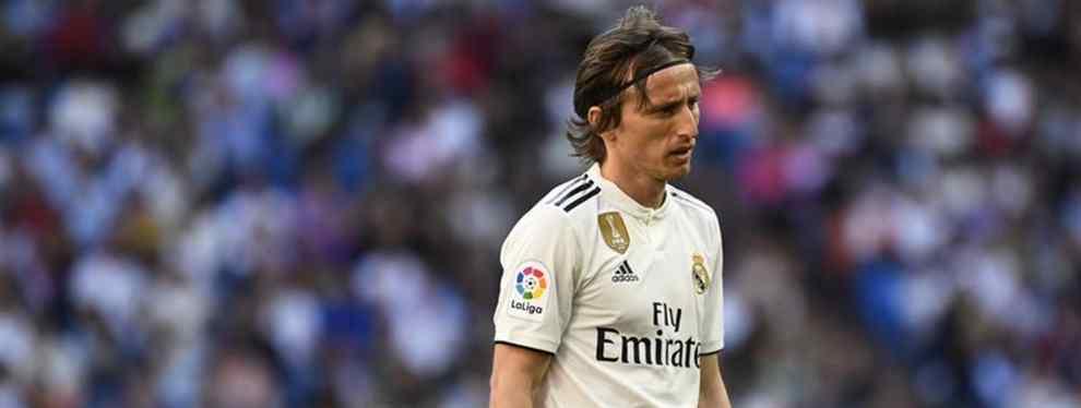 El futuro de Luka Modric en el Real Madrid aún no está nada claro. El croata tonteó con la posibilidad de marcharse y, a pesar de la llegada de Zidane, no tiene decidido si seguirá la próxima campaña.