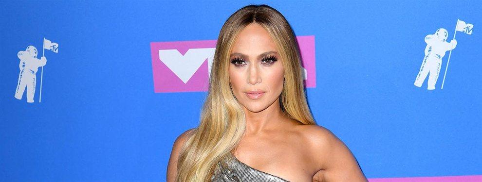 Kim Kardashian pega fuerte en las redes sociales, pero Jennifer López no se queda atrás.  La estrella del Bronx acaba de protagonizar una campaña publicitaria para una conocida marca de gafas que está dando la vuelta al globo.
