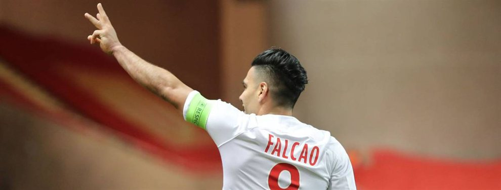 Malas noticias para Radamel Falcao. El periódico inglés 'FourFourTwo' elaboró una lista con los peores 50 fichajes de la historia reciente de la Premier League, donde aparecen nombres conocidos.