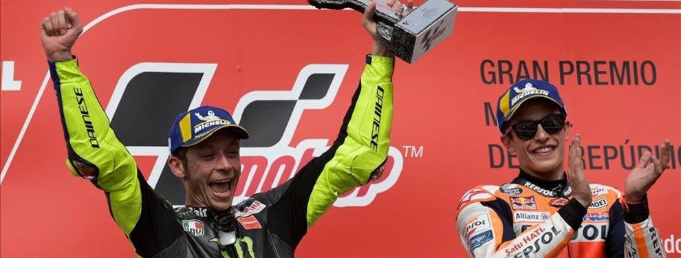 Marc Márquez va por libre. El piloto español no se cree el apretón de manos de Valentino Rossi y dispara con bala.  Marc, liso, no negará la aproximación de Rossi de cara a la galería, pero tampoco cambiará un discurso medido