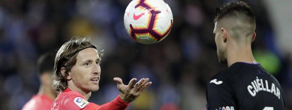 Se va con Modric. Y no es al Real Madrid. El titular de Simeone que deja el Atlético