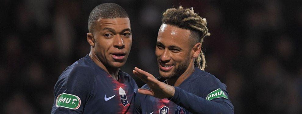 Florentino Pérez no da por perdida la opción de que el Real Madrid consiga hacerse con los servicios de Kylian Mbappé o Neymar Junior en el mercado de fichajes del próximo verano.