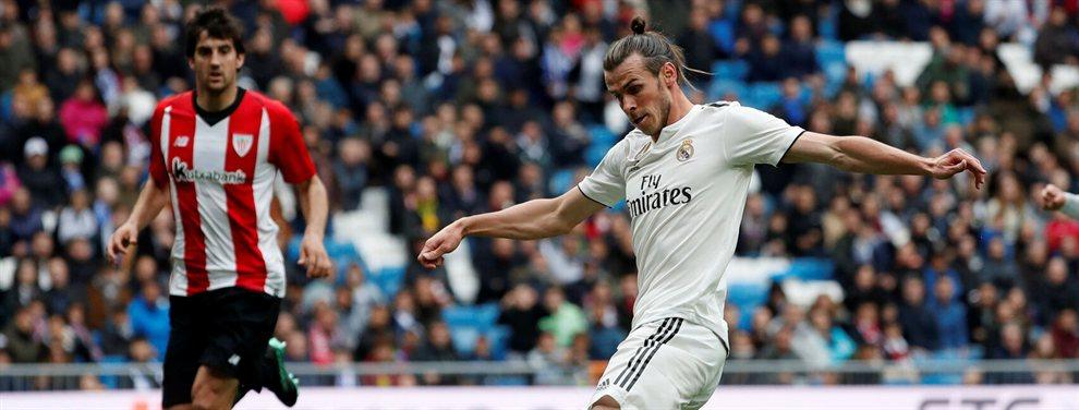 Gareth Bale no puede estarse quieto. Ni un momento. El galés aún no ha quitado la mano del fuego y ya está metiendo la otra. Al final, pasa lo que tiene que pasar, que acaba quemado.