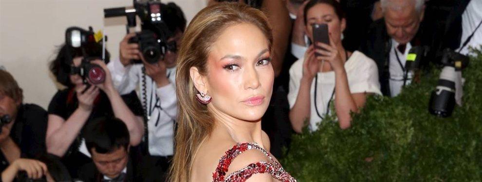 """""""¿Jennifer López estrena prótesis?"""" La foto en bikini que arde Instagram"""