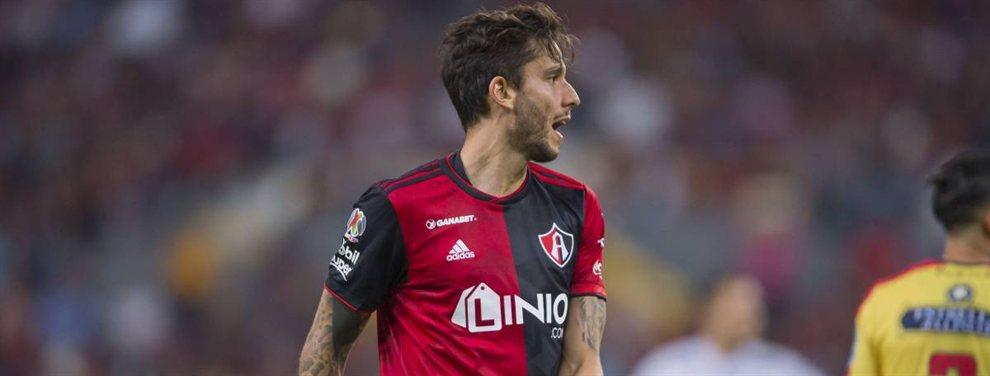 Vélez iría a la carga por un ex futbolista del club: Ricardo Álvarez, hoy en Atlas.