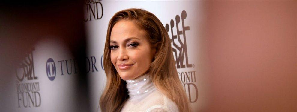 Jennifer Lopez se ve mejor que muchas actrices de cine a las que prácticamente les dobla la edad.