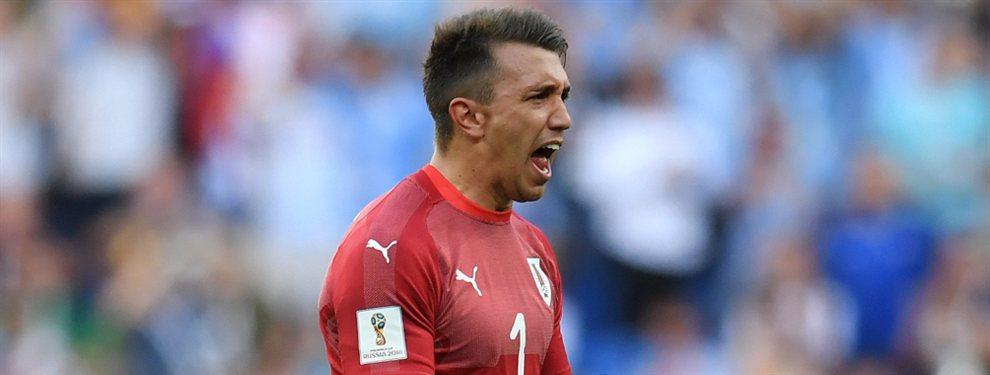 Fernando Muslera podría ser el apuntado por River para que compita en el arco con Franco Armani.