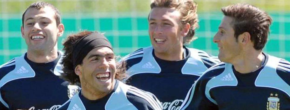 Gabriel Heinze renovó su contrato con Vélez por un año más y los hinchas festejaron la noticia.