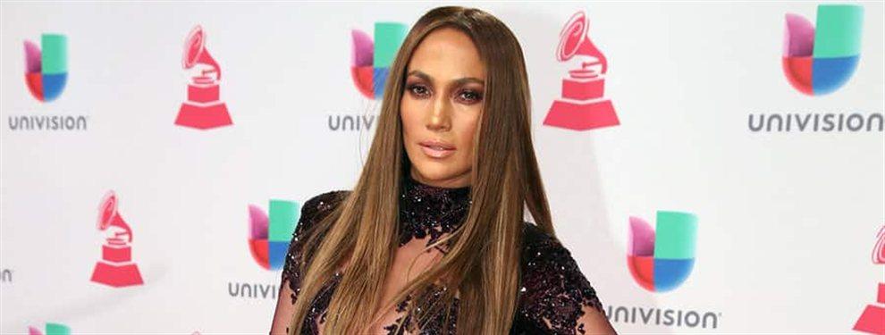 Jennifer López regresó al clima de Los Ángeles por la puerta grande y luciendo unos modelitos brillantes