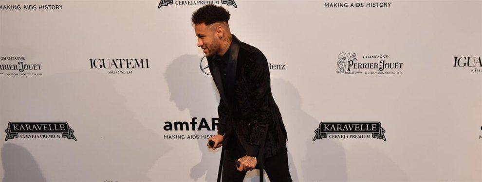 Neymar se recupera de su lesión en medio de la polémica que envuelve al jugador.