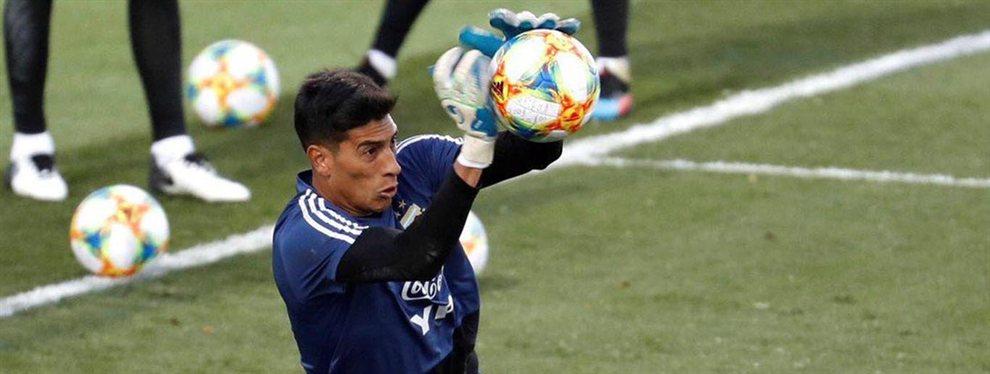 El arquero Esteban Andrada sufrió una lesión en la rodilla derecha y fue desafectado de la Selección Argentina.