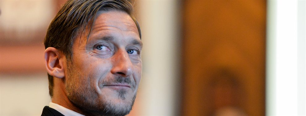 El Leeds de Marcelo Bielsa le haría realizado una propuesta a Francesco Totti para regresar a la actividad profesiona.