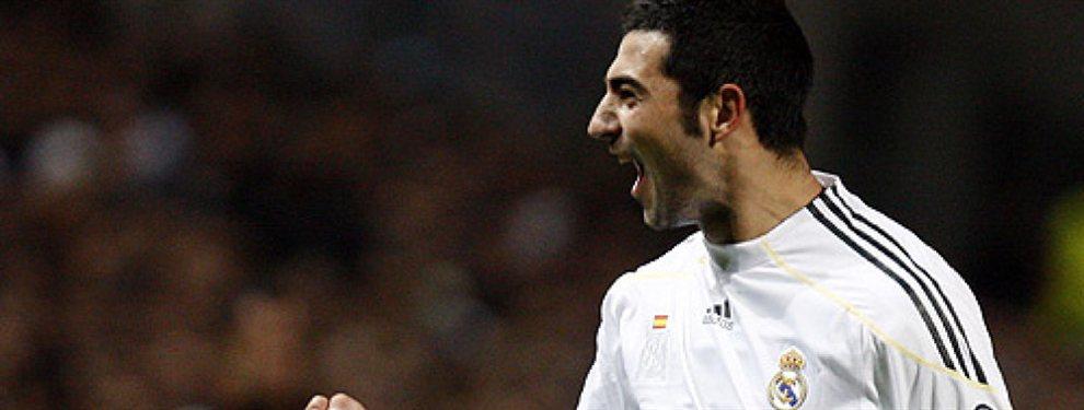 El que fuera jugador del Real Madrid, Raúl Albiol, llega al Villarreal CF procedente del Nápoles