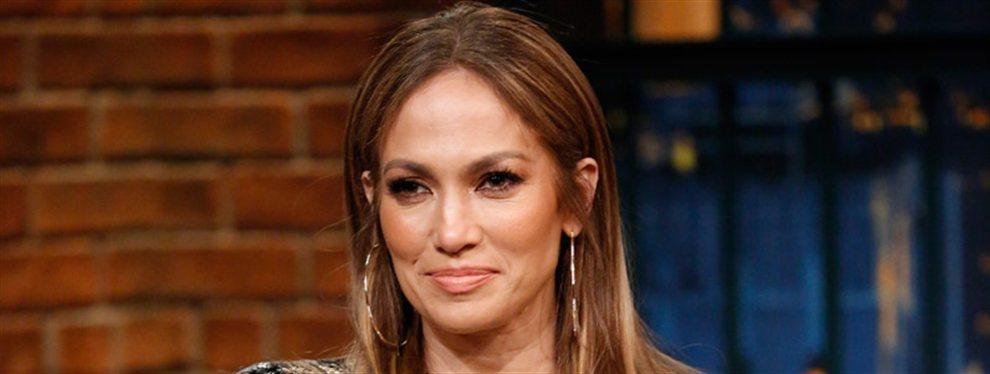 Jennifer López sorprendió con una foto en la que aparece increíblemente hermosa, pese a tener 50 años