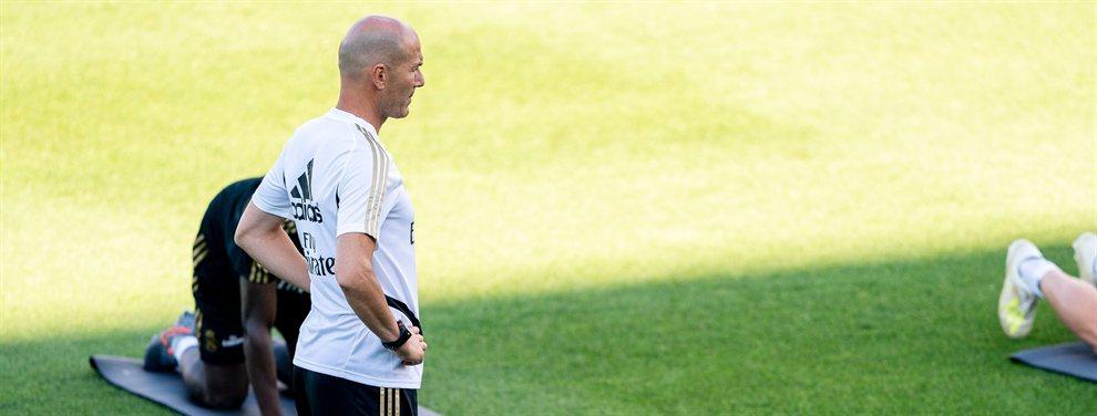 Zinedine Zidane quiere cargarse a Mariano Díaz y planea hacer caja con su marcha, aunque este no quiera salir