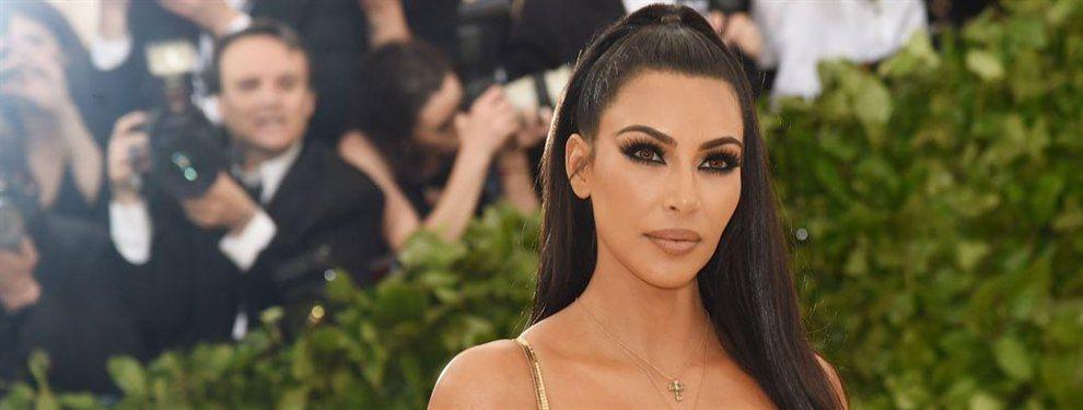 Las redes se quedaron alucinados al ver la última foto de Kim Kardashian, con un objeto en la boca