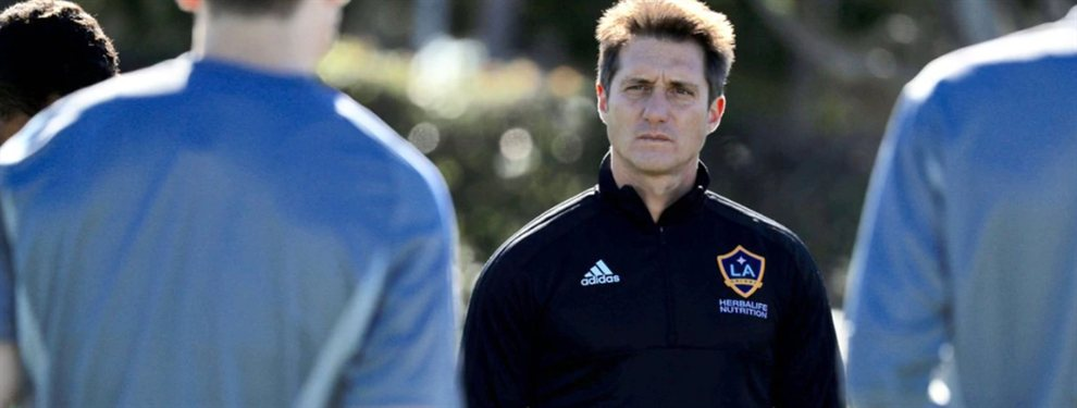 Los Ángeles Galaxy de Guillermo Barros Schelotto comenzarán una negociación por Martín Benítez tras no poder fichar a Pavón.