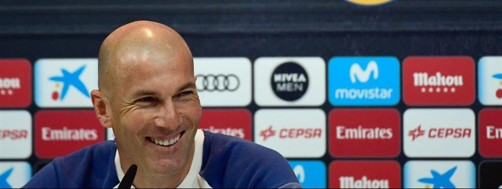 Zidane está tranquilo. Demasiado. Asusta en las oficinas del Bernabeu su tranquilidad.
