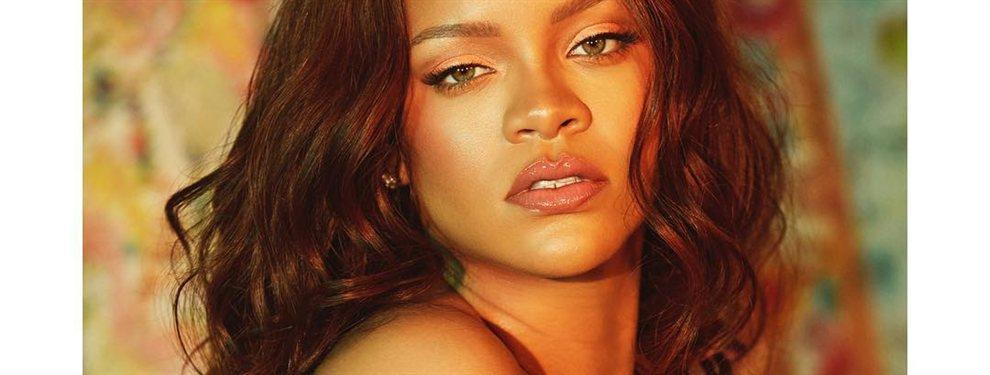 ¡Qué horror, vaya modelito! ¡¡¿Pero qué has hecho Rihanna?!! (y lo que se ve): si había moldes, los ha roto: vaya pinta, indescriptible