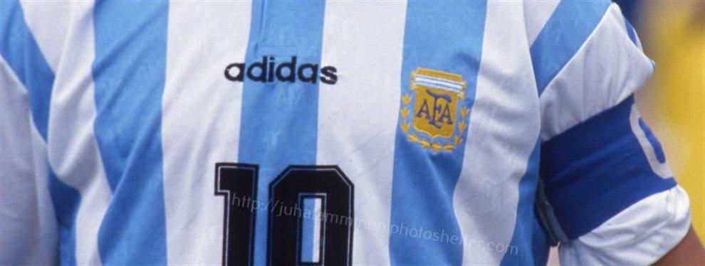 Maradona puede encontrar nuevo destino en el banquillo y sería al lado de Leo Messi de nuevo